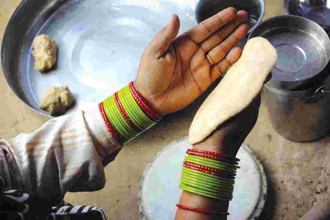 Man brutally murdered his pregnant wife for not making 'gol chapatis'