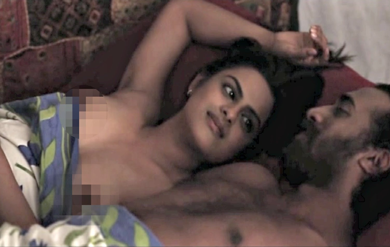 women nude in dungarees