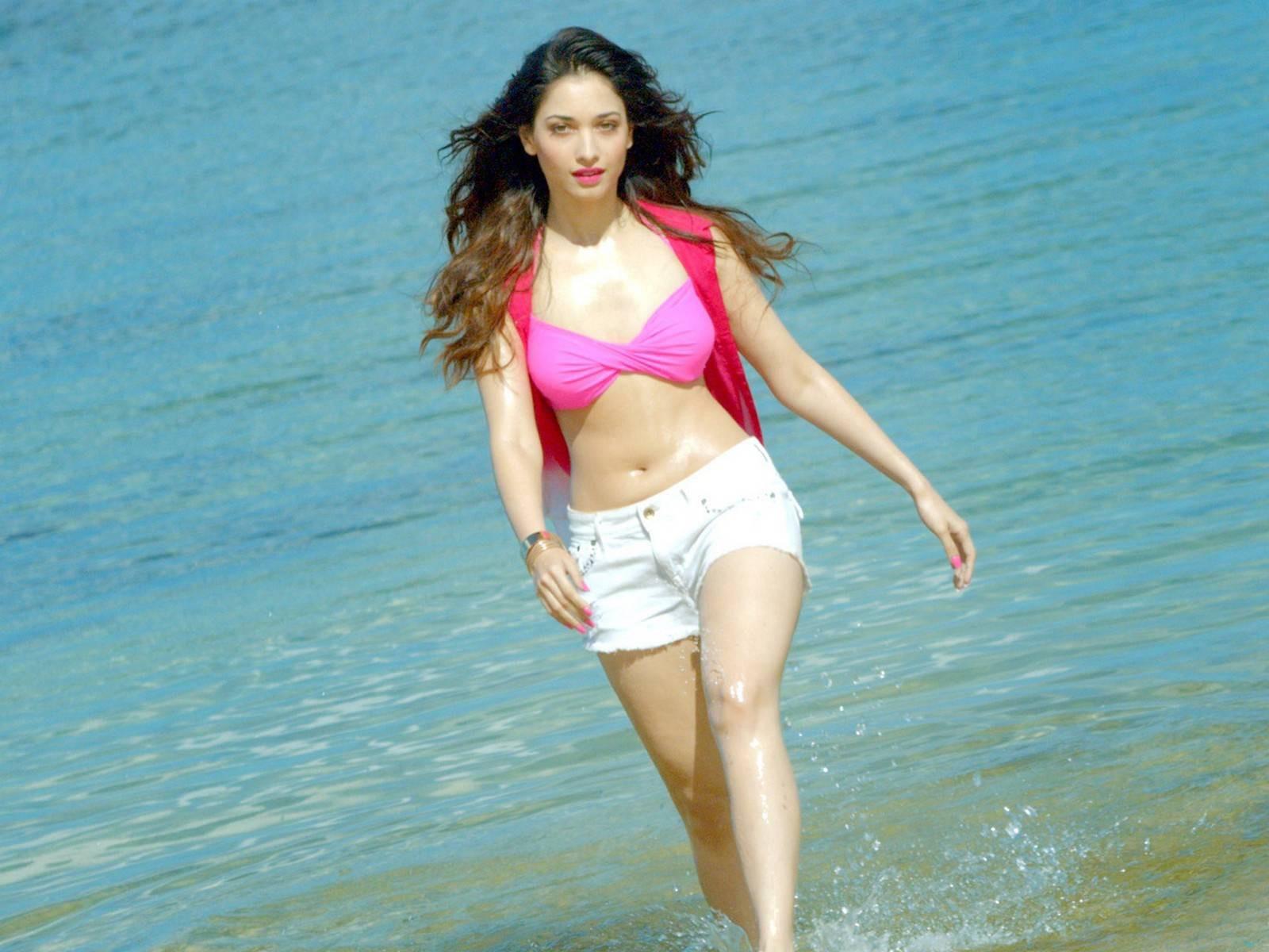 Tamanna bhatia best song 2012 youtube.