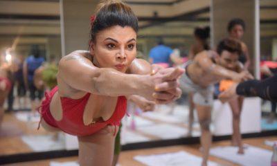 Sakhi Sawant, Sakhi Sawant practices yoga, Fourth International Yoga Day, Bollywood news, Entertainment news