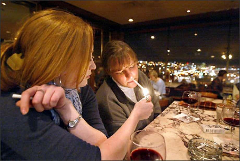 Smoking, Bars, Olympic Games, Restaurant, Tokyo, Japan, World news, Weird news, Offbeat news