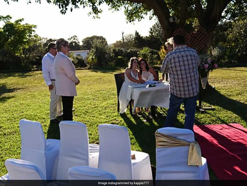 Dane van Niekerk, Marizanne Kapp, Amy Satterthwaite, Lea Tahuhu, Same-sex cricketers, Wedding ceremony, South Africa cricket team captain, Captain of South Africa team, Cricket news, Sports news