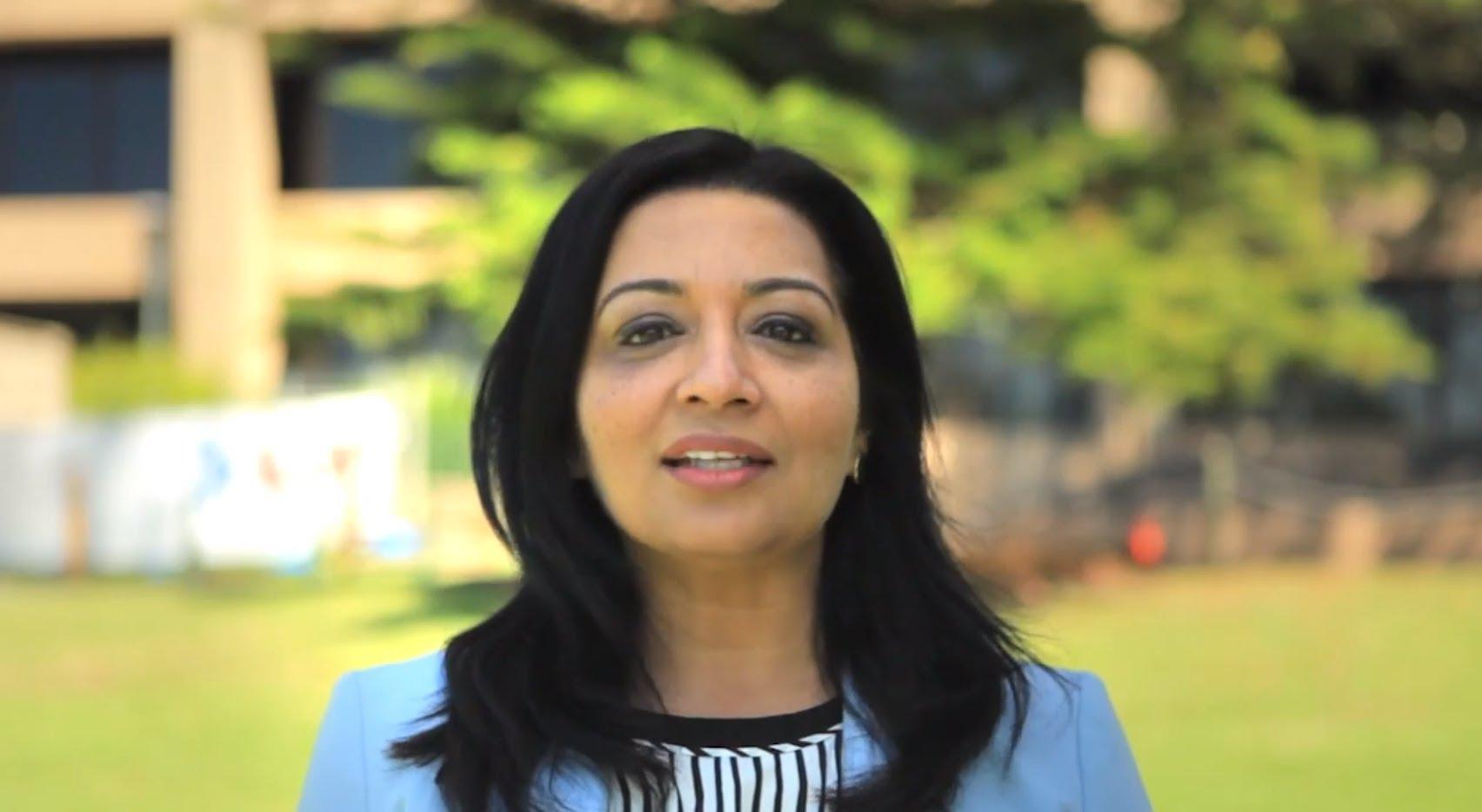 Mehreen Faruqi, Pakistani-born Australian politician, Australian Green Party, Muslim woman, Senate Pakistani-origin, World news
