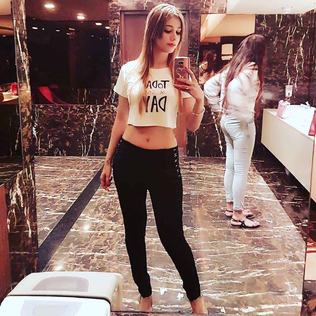 Jasleen Mathura, Anoop Jalota, Jasleen Mathura pregnant, Model Jasleen Mathura, Jasleen Mathura pregnant with Anoop Jalota baby, Reality TV show Big Boss, Bollywood news, Entertainment news