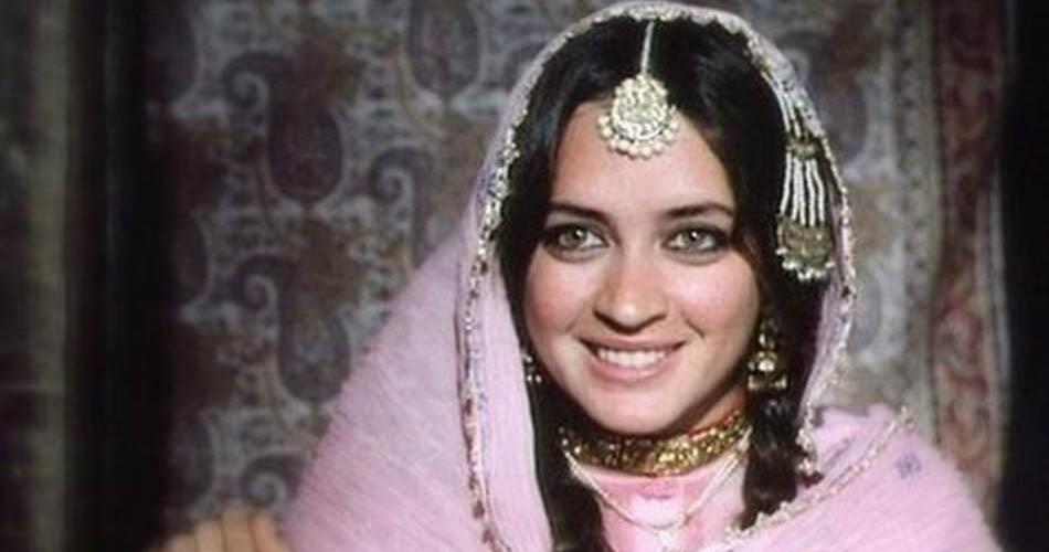 Nafisa Ali, Veteran Bollywood actress, Cancer, Stage three Cancer, Bollywood news, Entertainment news