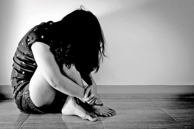 Eight-year-old, girl, Girl of private school, Girl student of private school gang-raped, Girl gang-raped by classmate, Girl gang-raped near her house, Bhopal, Madhya Pradesh, Regional news, Crime news