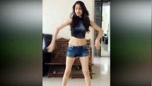 Suhana Khan, Shahrukh Khan, Shah Rukh Khan, Gauri Khan, Dancing video of Suhana Khan, Bollywood news, Entertainment news