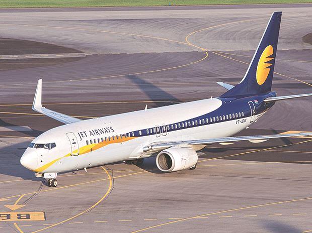 Jet Airways asks 300 Pilots to take 30% salary cut or take