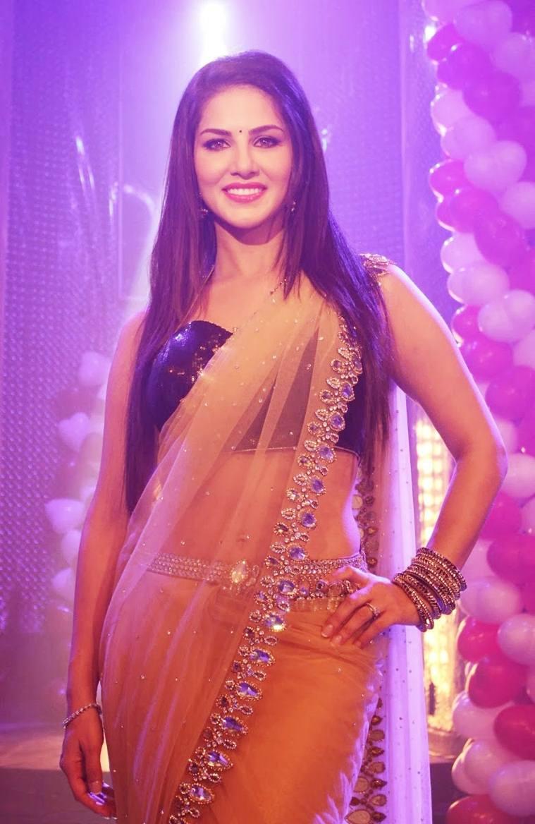 Sunny Leone In Saree Looks More Beautiful And Hot  Aaj Ki Khabar-4157