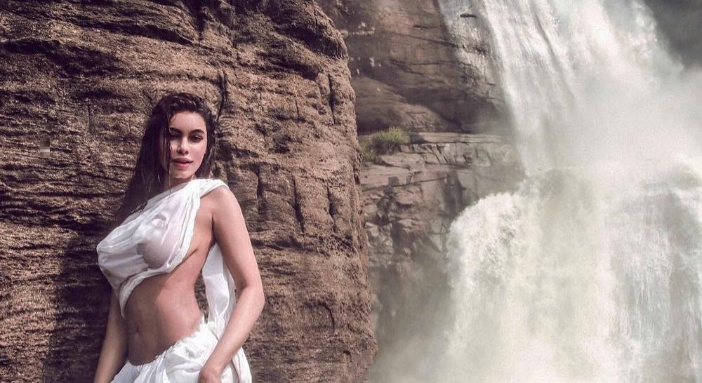 Mandakini Hot Nude Photo