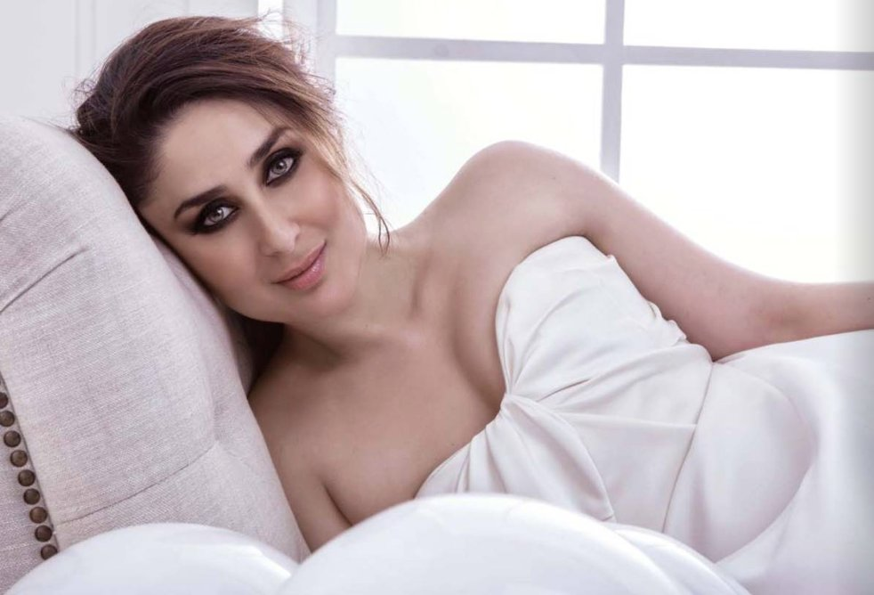 Hottest actresses, Hottest Bollywood divas, Sexy actresses, Most Hottest actresses of Bollywood, Bollywood stars, Kareena Kapoor Khan, Sunny Leone, Katrina Kaif, Anushka Sharma, Priyanka Chopra, Bollywood news, Entertainment news