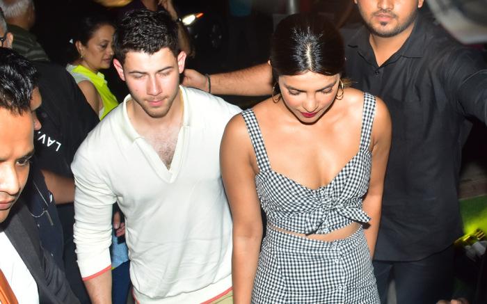 Priyanka Chopra, Nick Jonas, Akshay Kumar, Twinkle Khanna, Roka Ceremony, Engagement ceremony, Bollywood news, Entertainment news