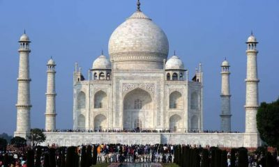 Taj Mahal, Hindu, Muslim, Namaaz, Pooja, Puja, Arti, Hindutva, Taj Mahal, Hindu prayers Muslims namaaz, Communal tension, Rashtriya Bajrang Dal, Tourists, Seven wonders of World, Agra, Uttar Pradesh news, Regional news
