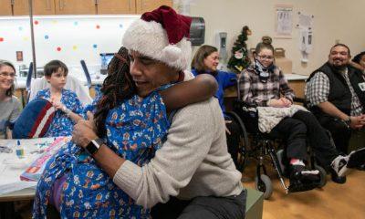 Former US President, Barack Obama, Santa Clause, Christmas, Christmas festival, Father Santa, Sick children, Washington, America, United States, World news