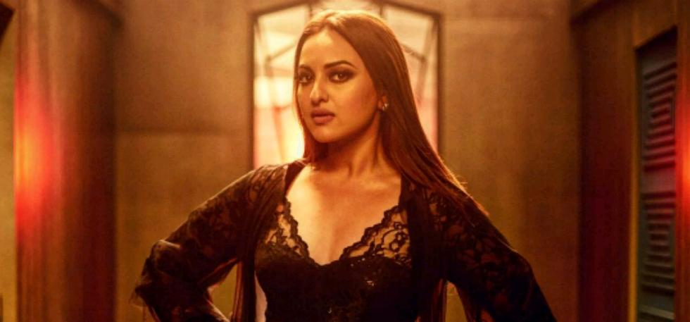 Sonakshi Sinha, Sonakshi Sinha ordered pair of headphones online, Sonakshi Sinha gets 'junk' instead of headphones, Amazon India, Bose headphones, Bollywood news, Entertainment news