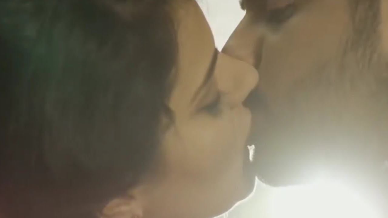 Intimate videos, Kissing, Smooching, Metro station, Metro station lift, Metro station elevators, CCTV footage, Hyderabad, Andhra Pradesh, Regional news, Offbeat news, Weird news