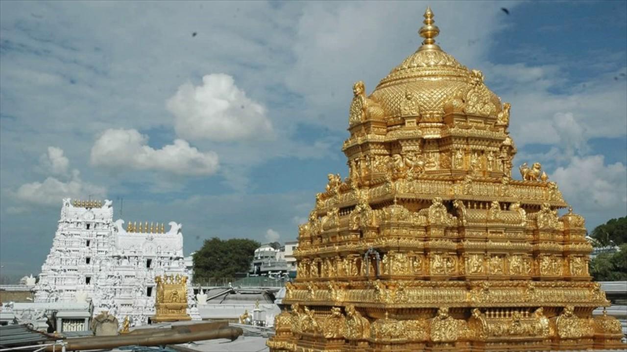 Tirupati temple, Lord Venkateswara, Sri Lakshmi, Sri Padmavathi, Golden crowns, Sri Govindaraja Swamy temple, Tirupati, CCTV footage, Andhra Pradesh, Regional news, Religious news, Religion news, Spiritual news