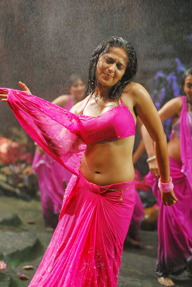 Anushka Shetty, Devasena, Baahubali, South Indian actress, Bollywood news, Entertainment news