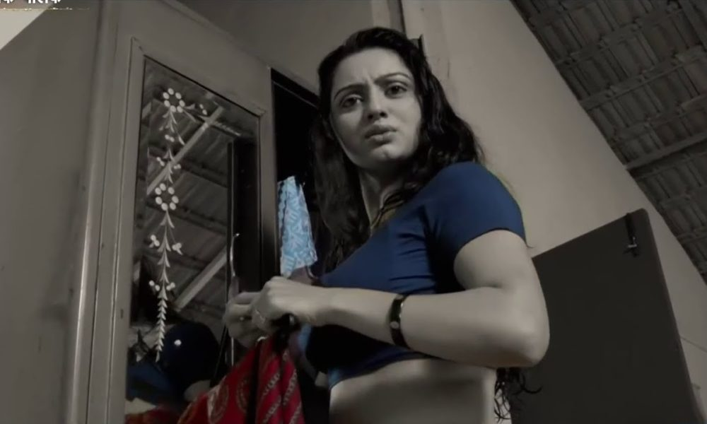 Shruti Marathe, Tanushree Dutta, Nana Patekar, Marathi films actress, Marathi films, Asa Mi Tasa Mi, Premasutra, Bollywood news, Entertainment news