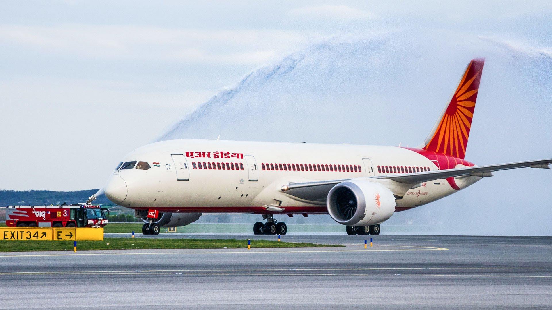 Air India, Jet Airways, Summer Holidays, Delhi-Dubai, Mumbai-Dubai, Delhi-Mumbai, India Dubai, Domestic flights, International flights, India cities, Business news