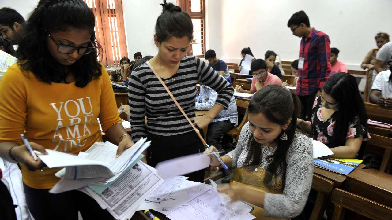 Delhi University, DU admissions, DU collages, DU cutoff list, CBSE results, ABVP, Education news, Career news, Jobs news