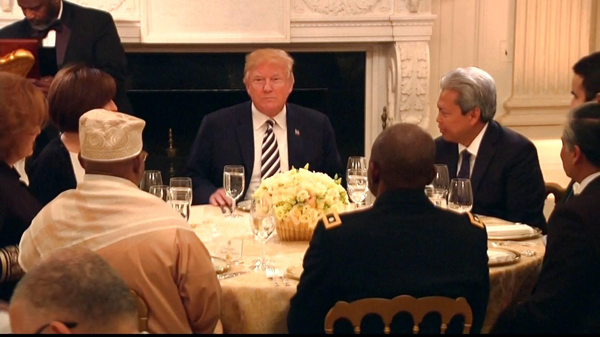 Donal Trump, Bill Clinton, Muslims, Iftar Party, Ramadan, Ramazan, United States President, White House, America, World news