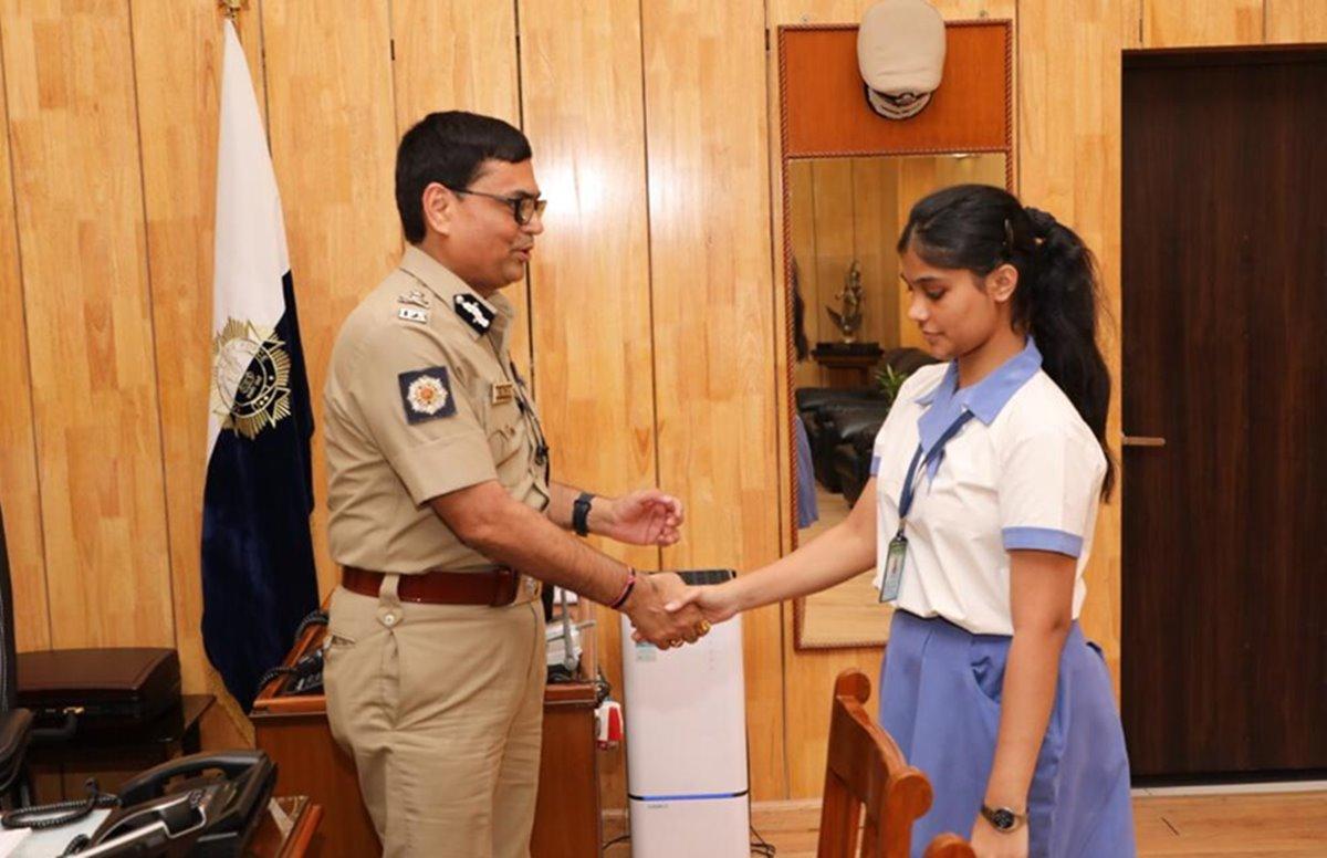 Richa Singh, Kolkata girl, ISC examination, UPSC examination, Deputy Commissioner of Police, Kolkata Police, Education news, Jobs news, Career news